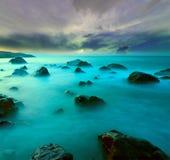 Scène de soirée sur la mer Photo libre de droits