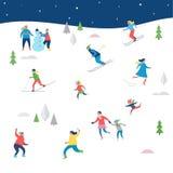 Scène de sport d'hiver, avec des personnes ayant l'amusement Images stock