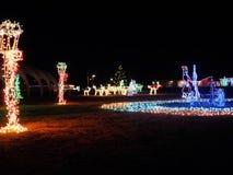 Scène de vacances dans des lumières de Noël Photos stock