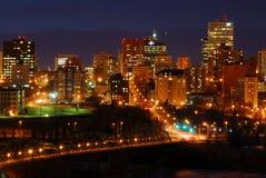 Scène du centre de nuit d'Edmonton Photographie stock libre de droits