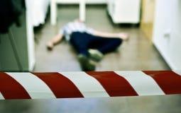 Scène du crime avec le cadavre image stock