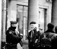 Scène surveilling d'attaque terroriste de police après attaque Strasbour image stock