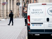 Scène surveilling d'attaque terroriste de police après attaque Strasbour photo stock