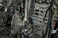 Scènes d'une boutique de vélo Photo libre de droits