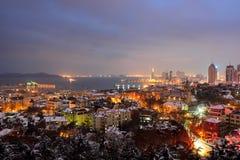 Scènes de nuit à Qingdao de la Chine Photo stock