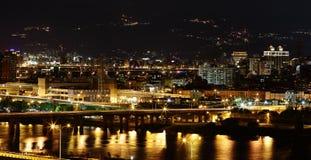 Scènes de nuit de ville de Taïpeh Images stock
