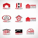 Scénographie à la maison rouge et noire de vecteur de logo illustration libre de droits