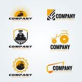Scénographie jaune et noire de vecteur de logo de tracteur illustration stock