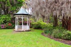 SC de Charleston de la plantación de la magnolia del Gazebo del jardín Fotos de archivo libres de regalías