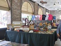 Sc de Charleston, le 7 août : Intérieur du marché de ville de Charleston en Caroline du Sud image stock