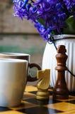 Scacchi e caffè Fotografie Stock Libere da Diritti