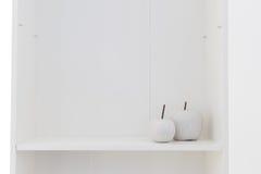 Scaffale bianco di legno Fotografia Stock