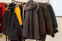 Scaffale del cappotto Immagine Stock Libera da Diritti