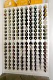 Scaffale del vino Fotografia Stock