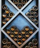 Scaffale del vino immagini stock libere da diritti