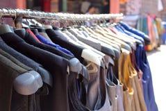 Scaffale dell'abbigliamento Immagine Stock