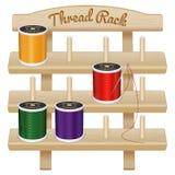 Scaffale di legno di stoccaggio del filato cucirino Fotografia Stock Libera da Diritti