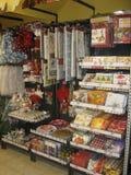 Scaffali della roba di Natale Fotografia Stock Libera da Diritti