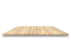 Scaffali di legno della plancia e fondo bianco Per l'esposizione del prodotto fotografie stock libere da diritti