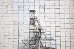 Scaffolding on concrete wall Royalty Free Stock Images