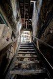 Scala abbandonata delle terraglie Fotografia Stock