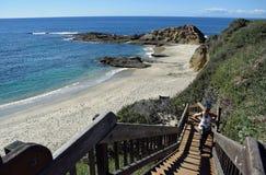 Scala alla località di soggiorno in Laguna Beach, California del montaggio immagine stock libera da diritti