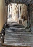 Scala antica con un arco nel centro di Cortona Fotografia Stock Libera da Diritti