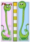 Scala dei bambini di altezza - serpenti Fotografia Stock Libera da Diritti
