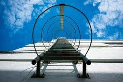 Scala del metallo dell'uscita di sicurezza Fotografie Stock Libere da Diritti