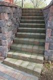 Scala di pietra del patio del mattone o paesaggio della scala Fotografie Stock