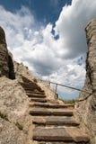 Scala di pietra sulla torre dell'allerta del fuoco del picco di Harney in Custer State Park nel Black Hills Fotografia Stock