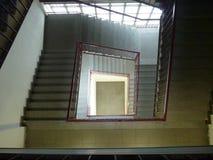 Scala lunga in un'alta costruzione Immagine Stock Libera da Diritti