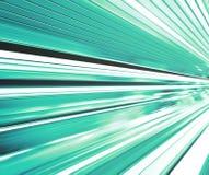Scala mobile commovente ad alta velocità spaziosa con la traccia vaga veloce del corrimano nel moto di sparizione di traffico Immagine Stock