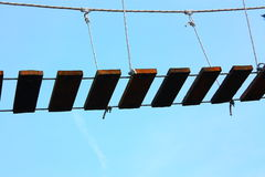 Scala nel cielo blu Fotografie Stock Libere da Diritti