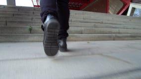 Scalata scale, colpo di angolo basso archivi video