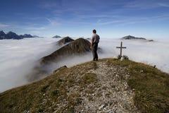Scalatore sulla montagna Fotografia Stock
