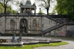 Scale bavaresi del punto di riferimento all'angelo del monumento di pace immagini stock libere da diritti