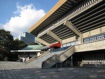Scale che conducono allo stadio nazionale dell'arena della palestra di Yoyogi a Tokyo Fotografia Stock Libera da Diritti
