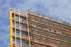 Scale del grattacielo del cantiere di rinnovamento della costruzione dell'impalcatura Fotografia Stock Libera da Diritti