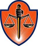 Scale della holding della mano di giustizia Fotografie Stock Libere da Diritti