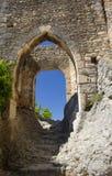 Scale e arché di pietra in castello medievale Immagini Stock Libere da Diritti