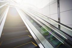 Scale mobili con il chiarore della lente Fotografie Stock Libere da Diritti