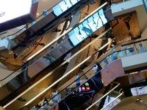 Scale mobili del centro commerciale Fotografia Stock Libera da Diritti
