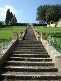 Scale storiche in giardino italiano Fotografia Stock Libera da Diritti