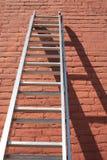 Scaletta contro la parete Fotografia Stock