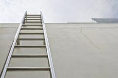 Scaletta del tetto Immagine Stock