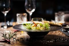 Free Scallop Ceviche Served In Black Bowl With Liquid Ice Smoke Royalty Free Stock Photo - 170942365