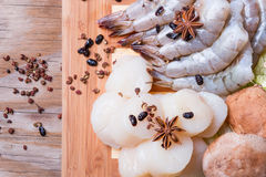 Scallops and shrimps Royalty Free Stock Images