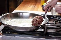 Scalpore che cucinano scuola Immagini Stock
