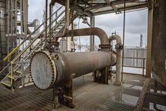 Scambiatore industriale della raffineria per il processo di raffreddamento o di riscaldamento Fotografie Stock Libere da Diritti